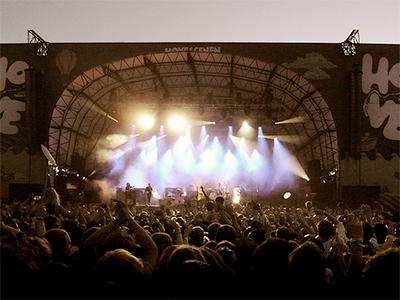The Killers har spilt i Norge flere ganger tidligere, her på Hovefestivalen i 2009. Foto: NRK.