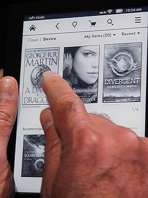 Amazon er i dag mest kjent for sine bøker og ikke minst e-bøker. Nå vil de kanskje forsøke seg på å selge «brukt» digitalt innhold. Foto: NTB Scanpix / Joe Clamar, AFP Photo.