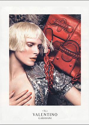 Iselin Steiro har som modell fronta en rekke kjente merker. Foto: Faksimile, Vogue.