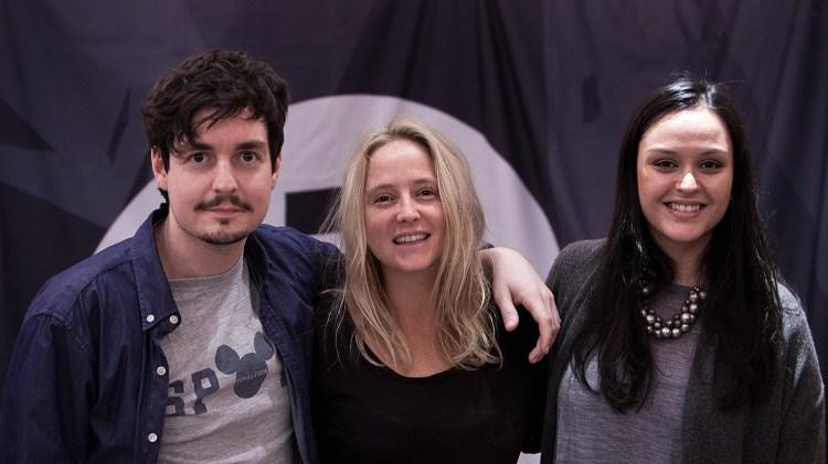 Anders, Lissie og Aishath i Popsalongen. (Foto: Jonas Bødtker, NRK P3)