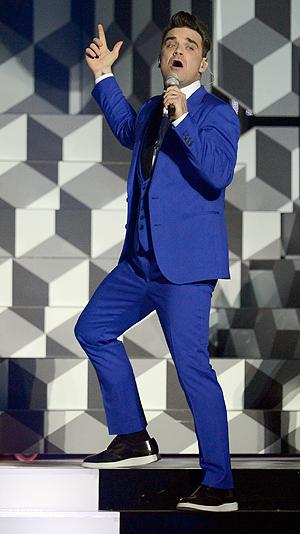 Robbie Williams på scenen under Brit Awards tidligere i år. Foto: NTB Scanpix / Dylan Martinez, Reuters.