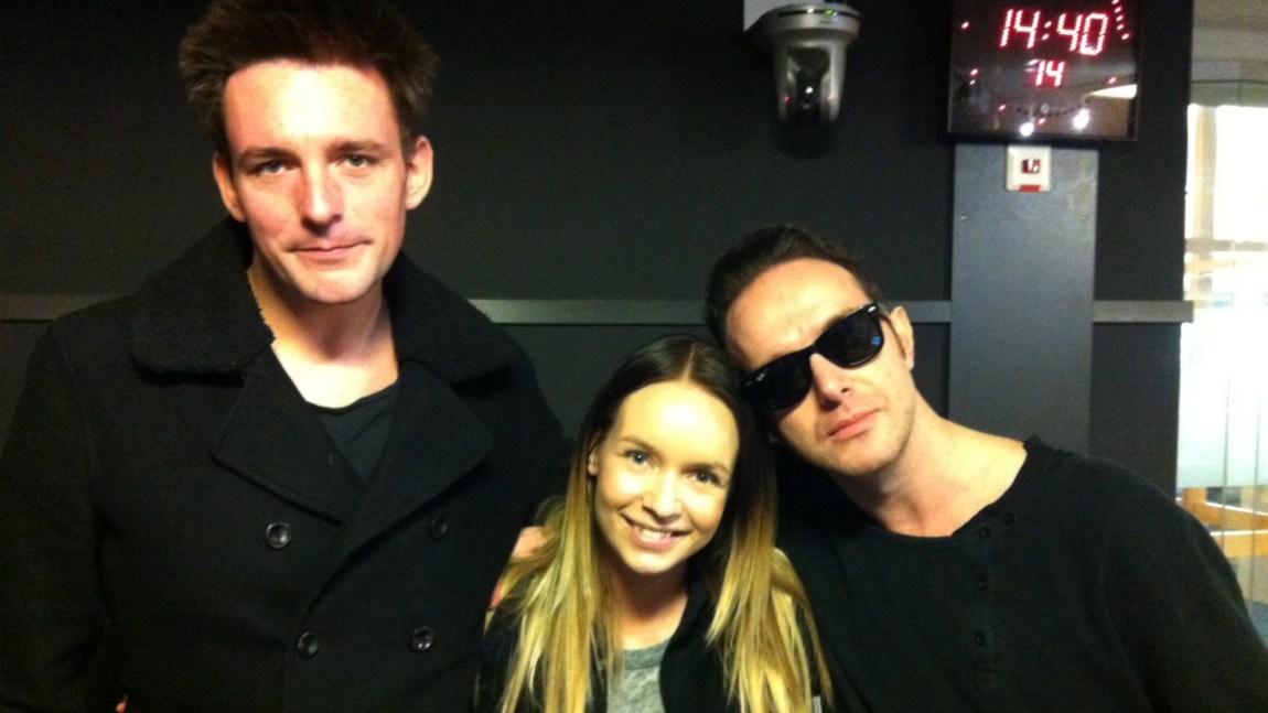 Rab og James fra Glasvegas besøkte Christine i studio. Foto: Beate Grøndahl.