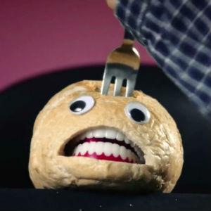 Et brød i knipe. Skjermdump, YouTube