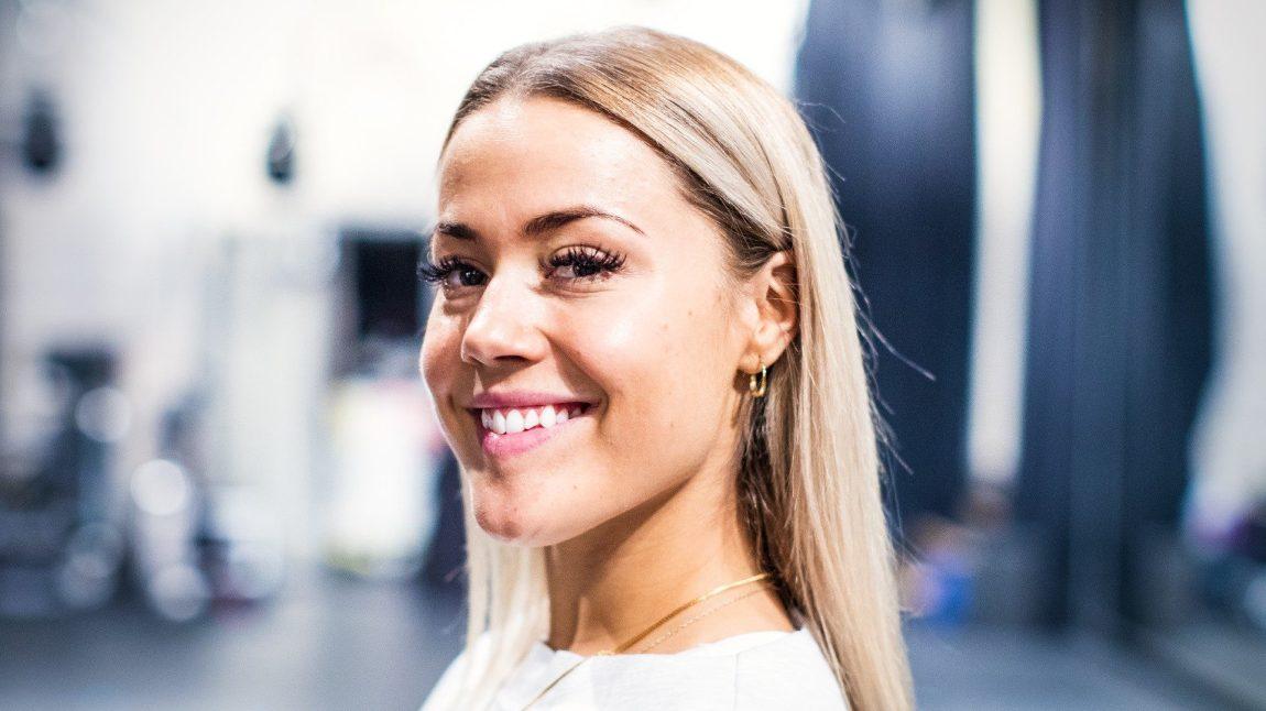 Julie Bergan digget å rap-debutere. Foto: Tom Øverlie, NRK P3