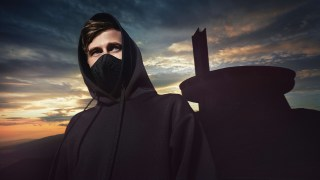 https://p3.no/musikk/wp-content/uploads/2018/06/AlanWalker-PhotoStianAndersen_41A3697HQ.jpg