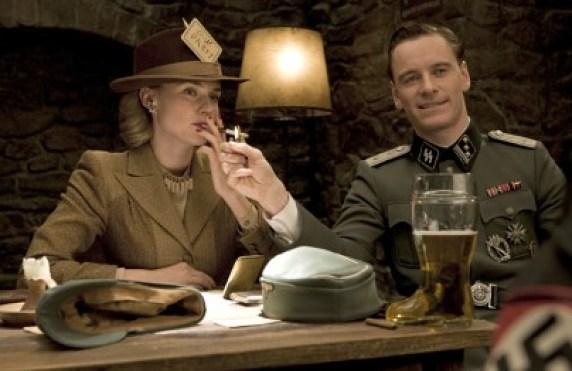"""Diane Kruger og Michael Fassbender i """"Inglourious Basterds"""". (Foto/Copyright: United International Pictures)"""