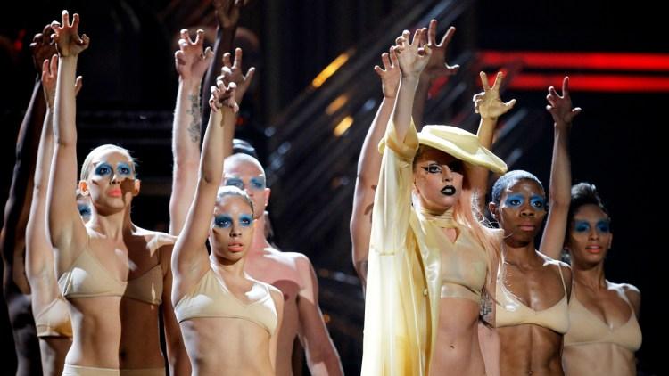 Lady Gaga under årets Grammy-utdeling. (Foto: REUTERS /Lucy Nicholson)