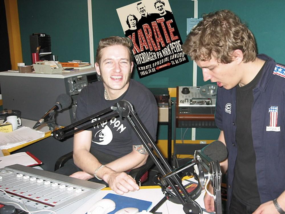 Kristopher og Aleksander Schau i studio