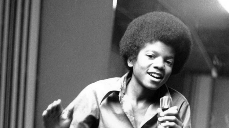 Michael Jackson i 1972,  her som 13-åring i Jackson-familiens hjem i Enchino California (Foto: AP Photo, AP)
