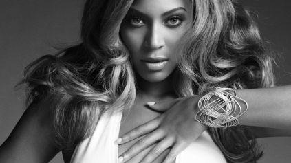 Beyoncé kåres til tiårets kvinnelige artist (Foto: Presse)