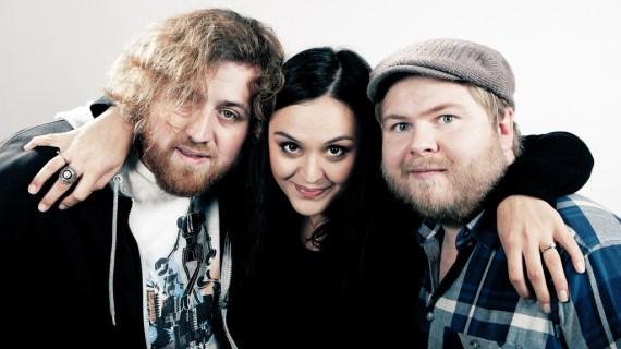 Ken, Ronny Brede Aase og Aishath Afeef ledet P3aksjonen 2011 (Foto: NRK)