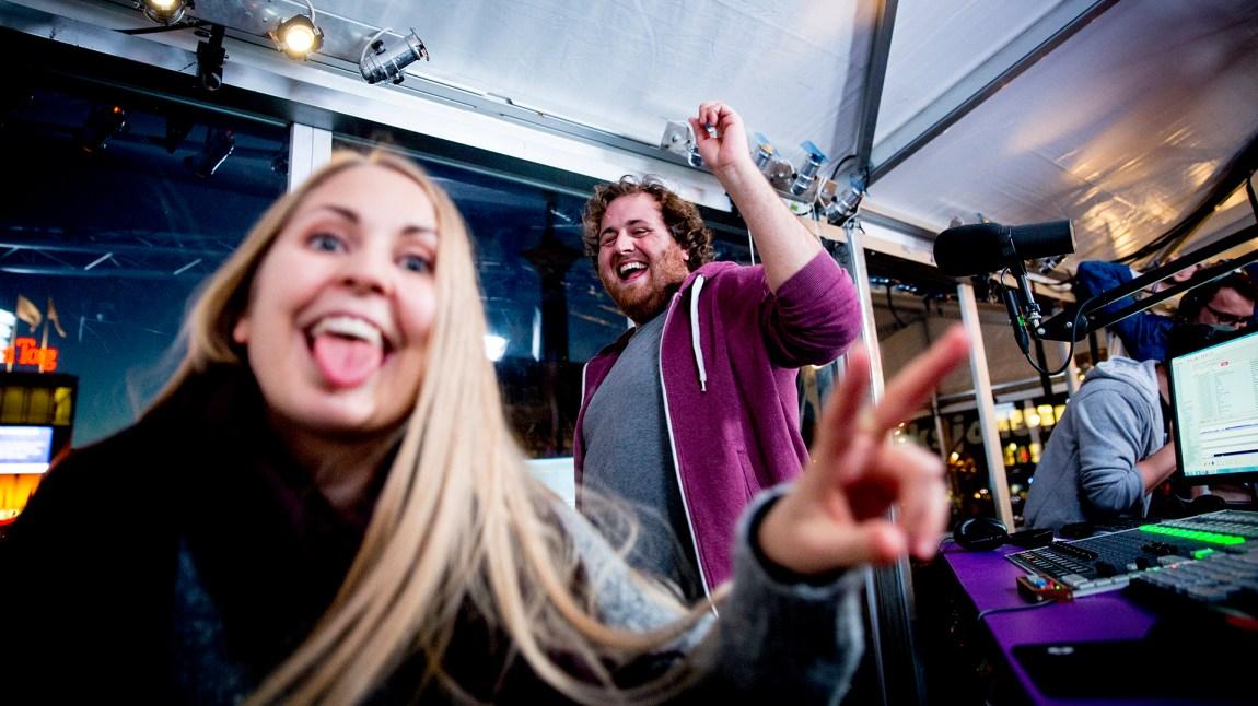 Silje og Ronny danser! P3aksjonen er i gang! Foto: Jonas Jeremiassen Tomter, NRK P3