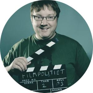 Birger Vestmo stiller kinokjelleren sin til disposisjon.