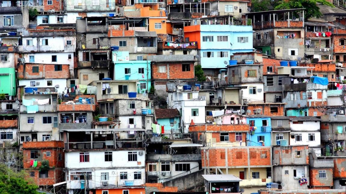 Morro dos Prazeres-favelaen utenfor Rio de Janeiro. (Foto: dany13, Flickr Creative Commons)