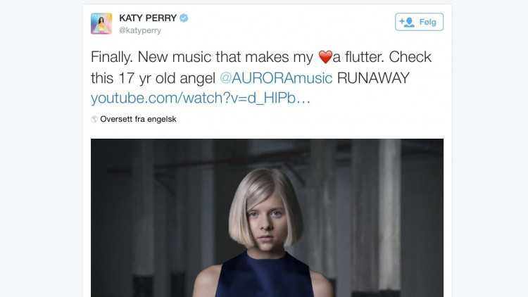 Aurora Aksnes var så heldig å bli hyllet av selveste Katy Perry. Så enkelt som dette kan det altså gjøres! Foto: NRK