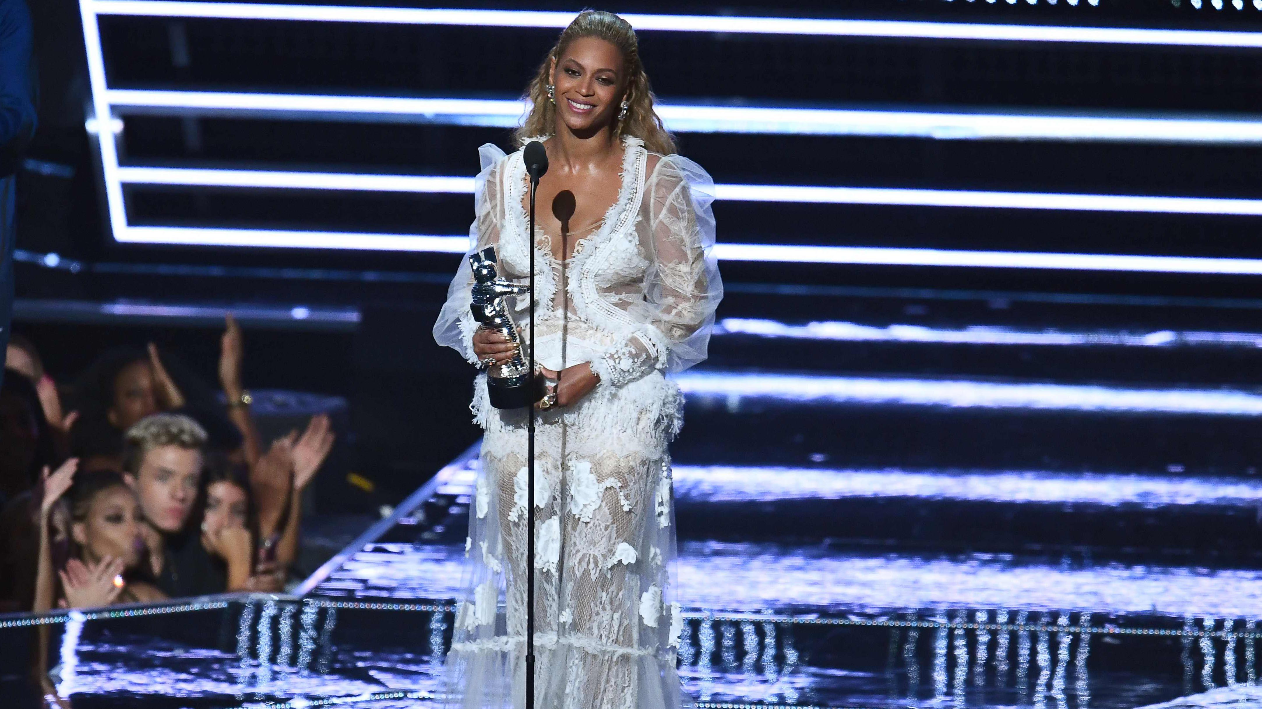 Beyoncé gjorde rent bord