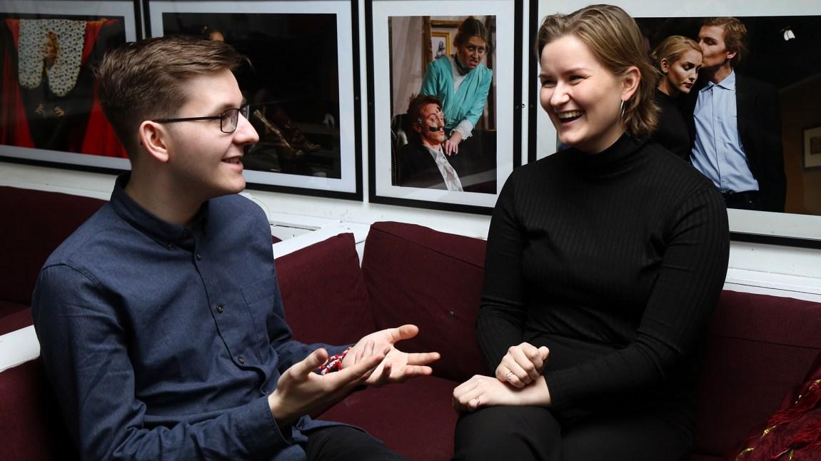Lærerstudentene Mathias Karlsen og Elin Rasch Sneve skulle gjerne hatt mer seksualundervisning på studiet. Foto: Kjersti Havdal
