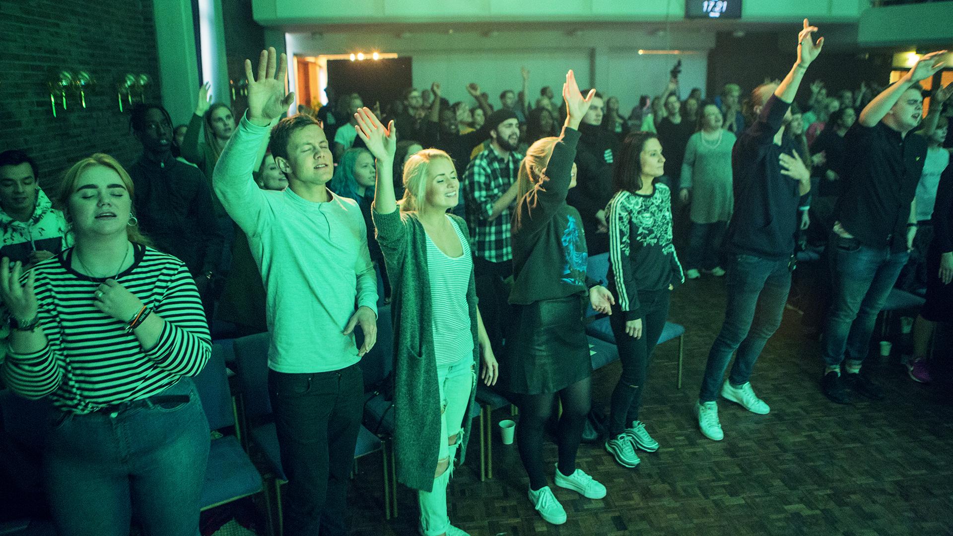 Ung og gira på Gud