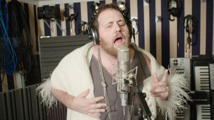 Se musikkvideoen til «Über d'Alma»