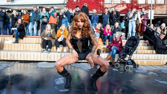 Bambi-vipper og langt hår: Tete har blitt Beyoncé