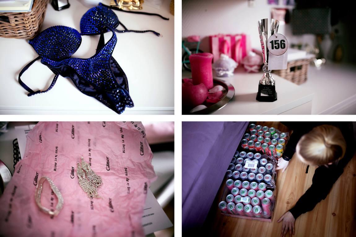 Kollasj av fire bilder: En blå bikini på kommoden. En sølvfarget pokal med nummeret 156. Glittersmykker innpakket i papir. En pall med energidrikker som Tonje drar frem fra under sengen.