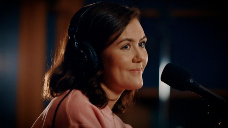 Livet blir satt på pause når Synne Vo serverer «It's okay if you forget me» på norsk