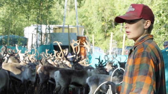 Jone (17) føler han må skjule sin samiske side: – Det har blitt en vanesak