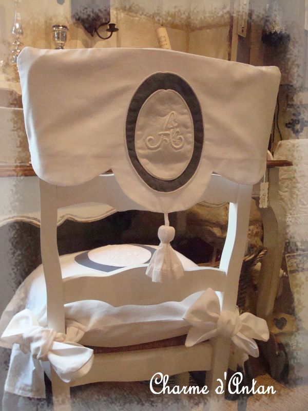 Habiller une chaise ancienne  Charme dAntan