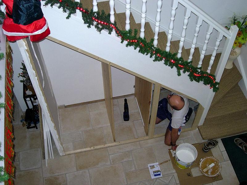 placard sous escalier les creas de
