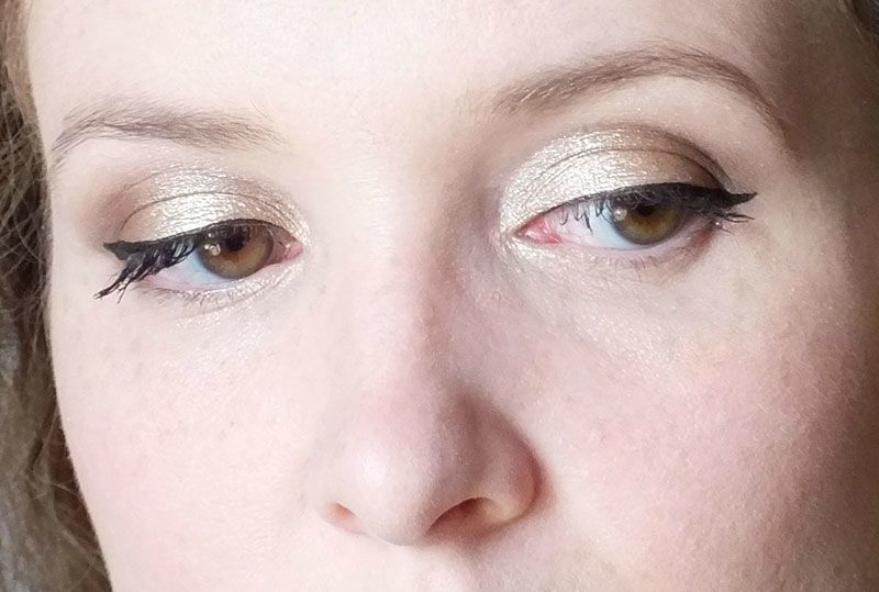 long-lasting-lustrous-eyeshadow-elf-eyeslipsface-toast-swatch-test-revue-tenue-maquillage-makeup-gamme-studio-yeux (7)