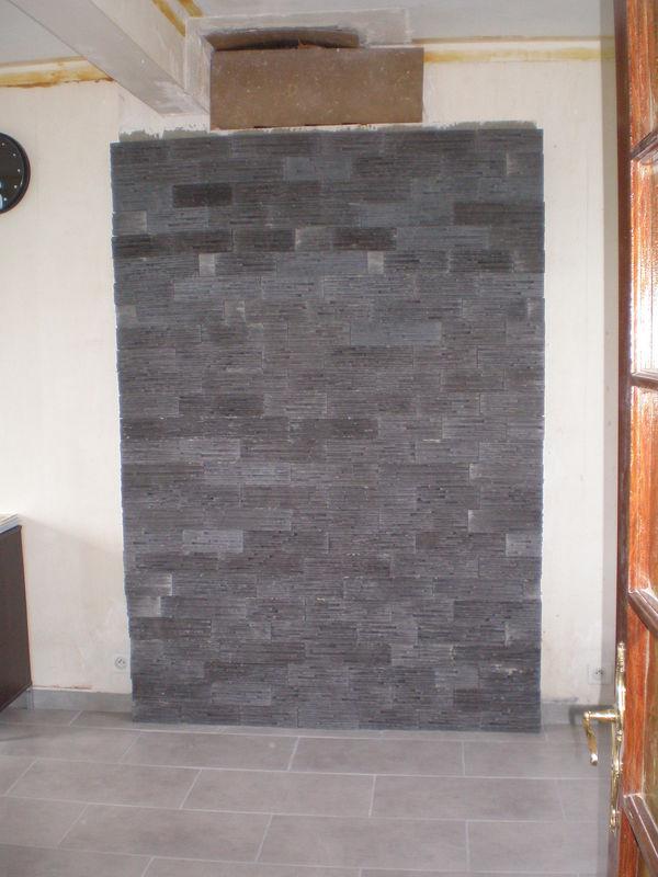et mur de parement du salon plouguerneau