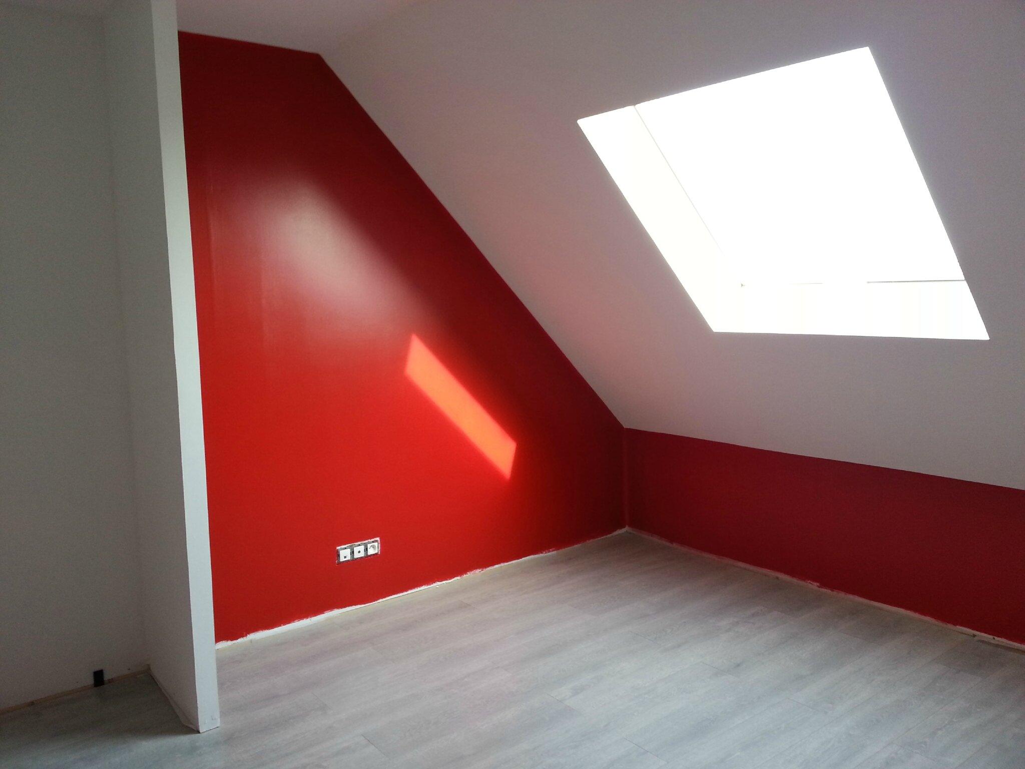 Bon Chambre Blanc Gris Et Rouge