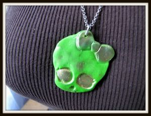 collier-collier-zombie-doll-1660003-img-0898-37c44_big