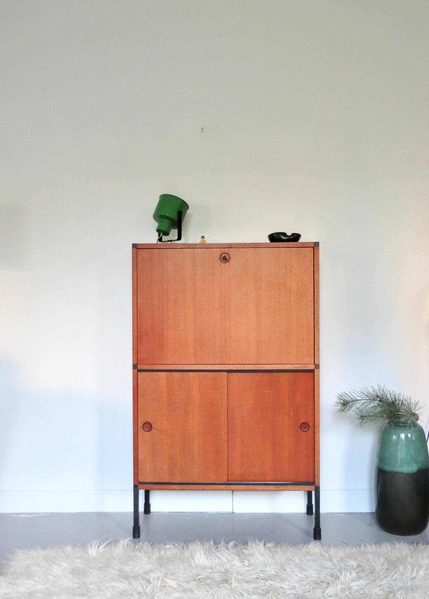 bureaux secretaires meubles vintage