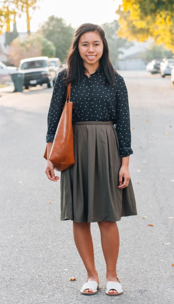 IMG 2848 1 587x1024 - Parisian Style for Fall | NPN #4