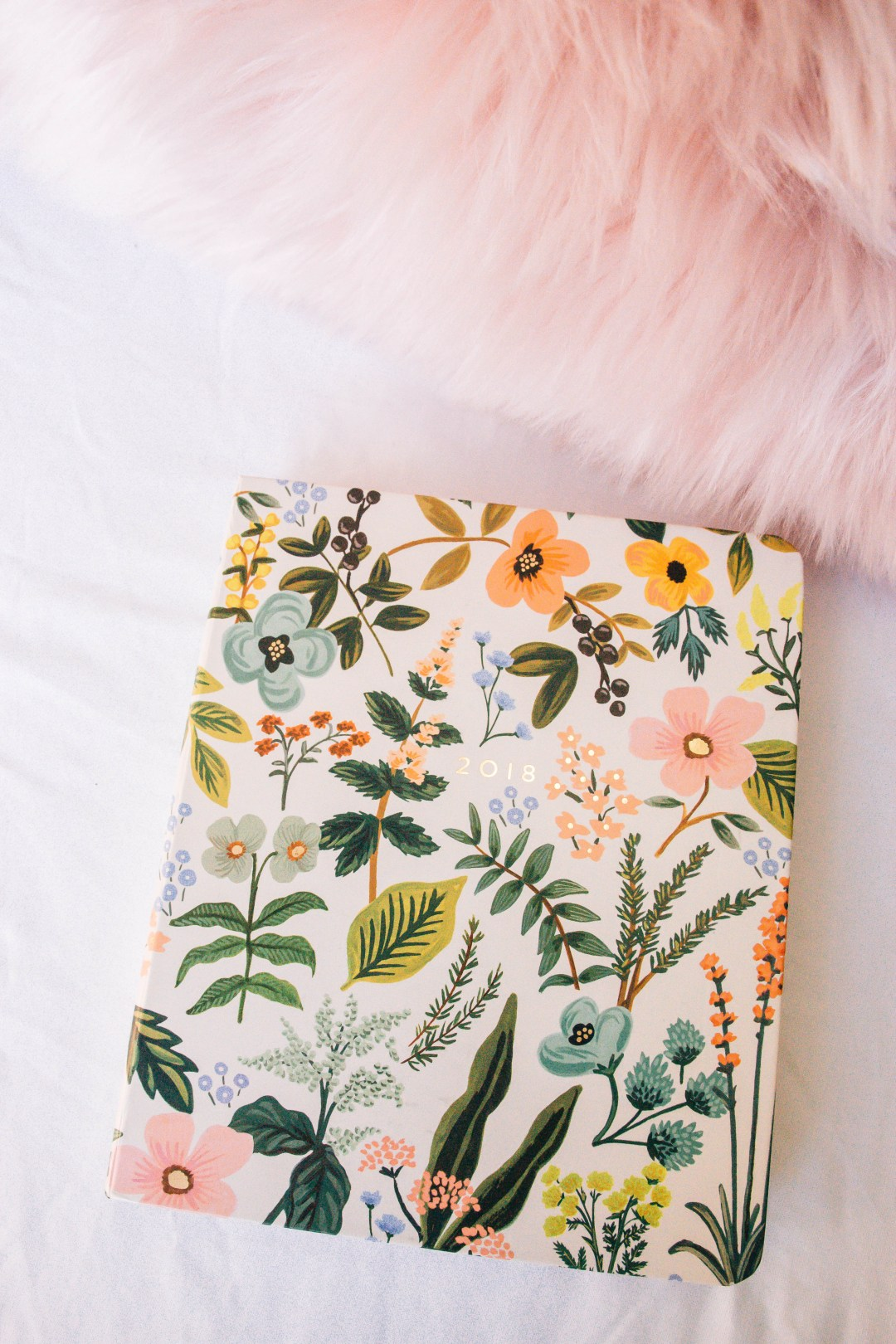 Rifle Paper Co 2018 Planner | What's in My Pink Bag | What I Can't Leave Without