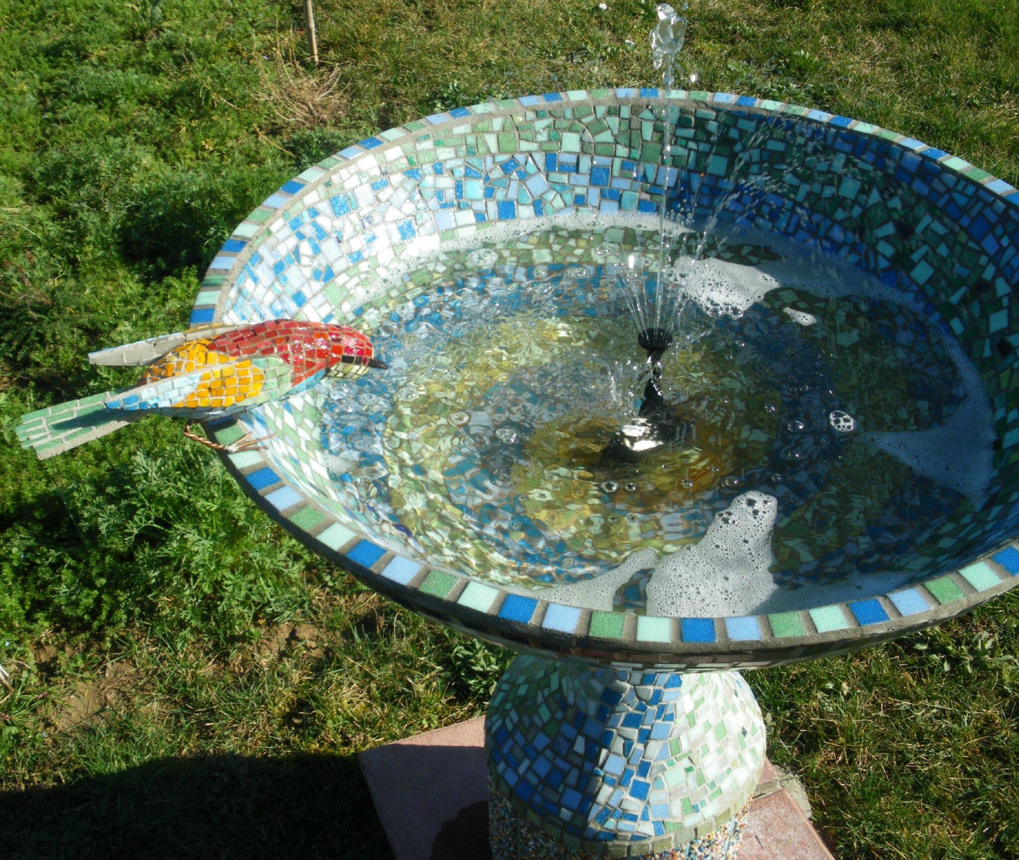 fontaine au guepier s abreuvant