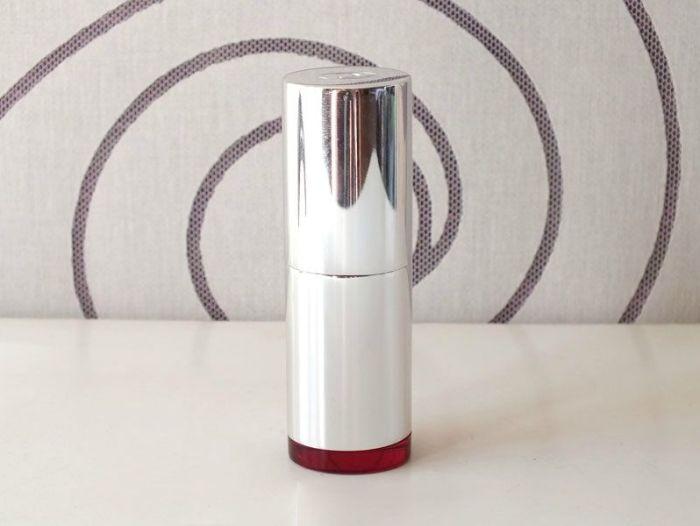 Rouge-a-levre-joli-rouge-clarins-rose-berry-teinte-swatch-test-730-naturel-nude-vieux-rose-bois-de-rose-hydratant-lissant (1)
