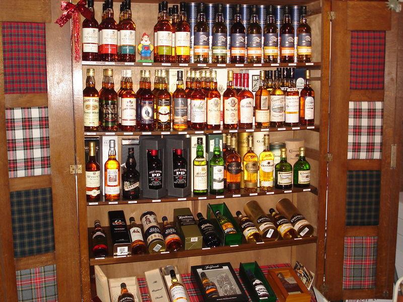 l armoire des whiskies ecossais