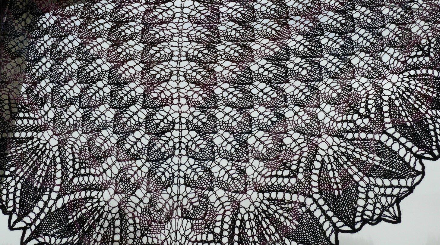 Un Châle Haruni Printanier Tricote Pas Tout
