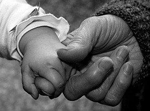 enfant-et-personne-agee