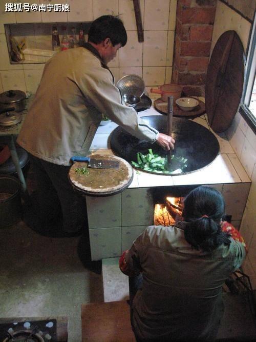 原創             做菜時,這3種菜肴不能放蚝油,無法給菜提鮮,還把一鍋菜給毀了