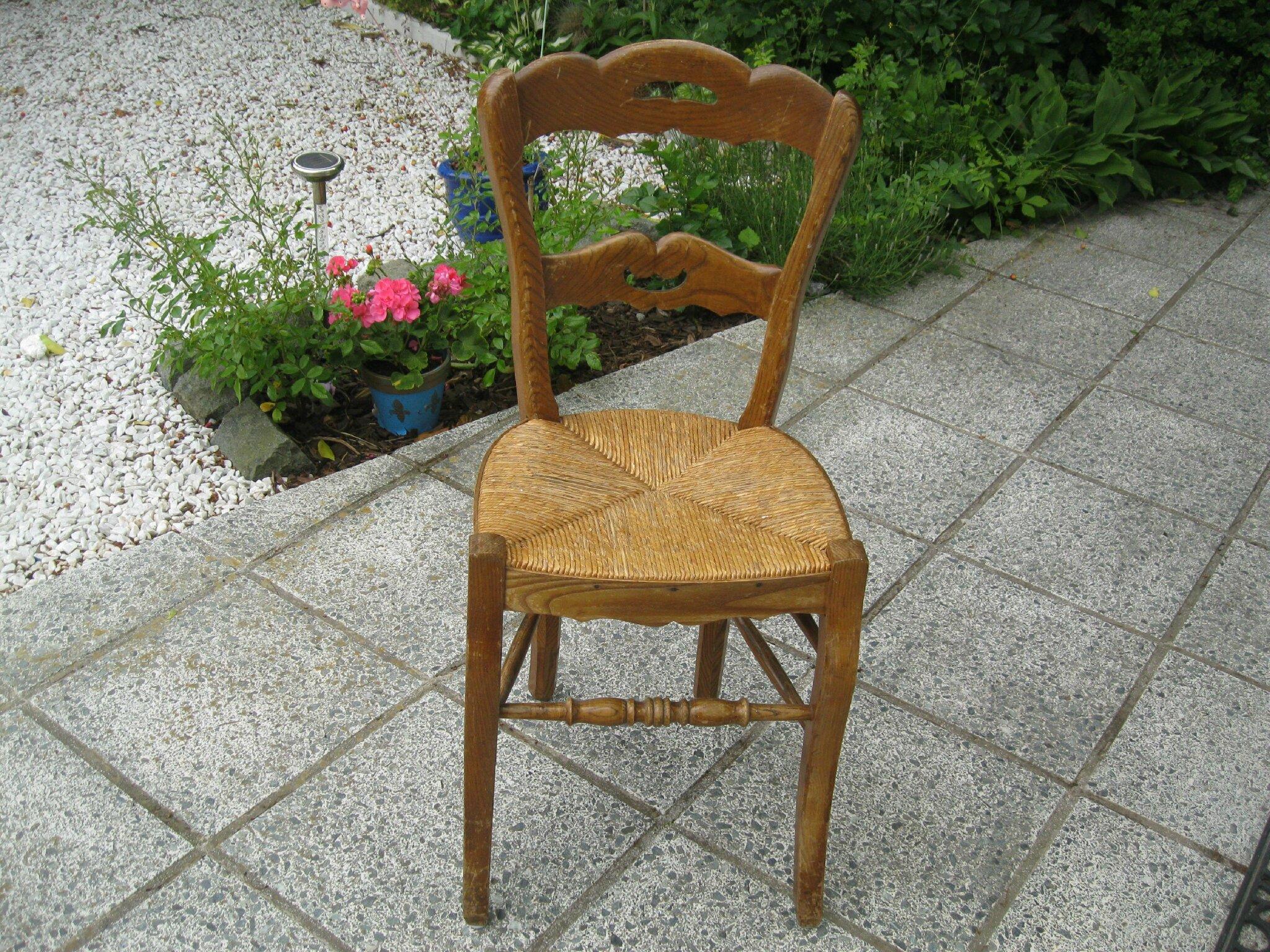 Chaise En Paille Ancienne Table De Lit