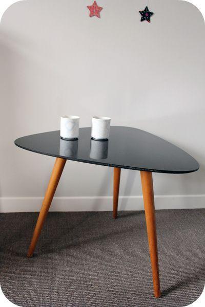 Table Basse Tripode Laque Noire LAtelier Du Petit Parc