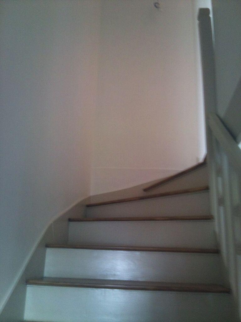 Fin de la cage descalier et du couloir  ltage  My House