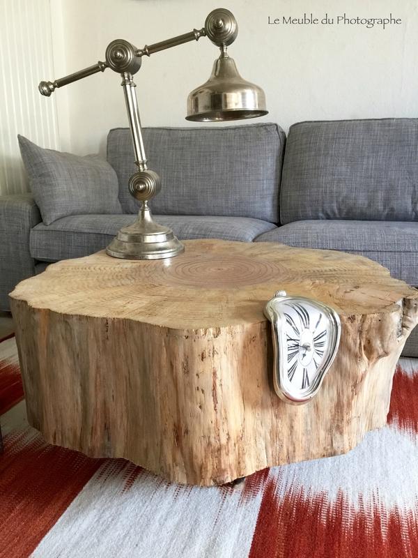rondin d arbre pin detourne en table