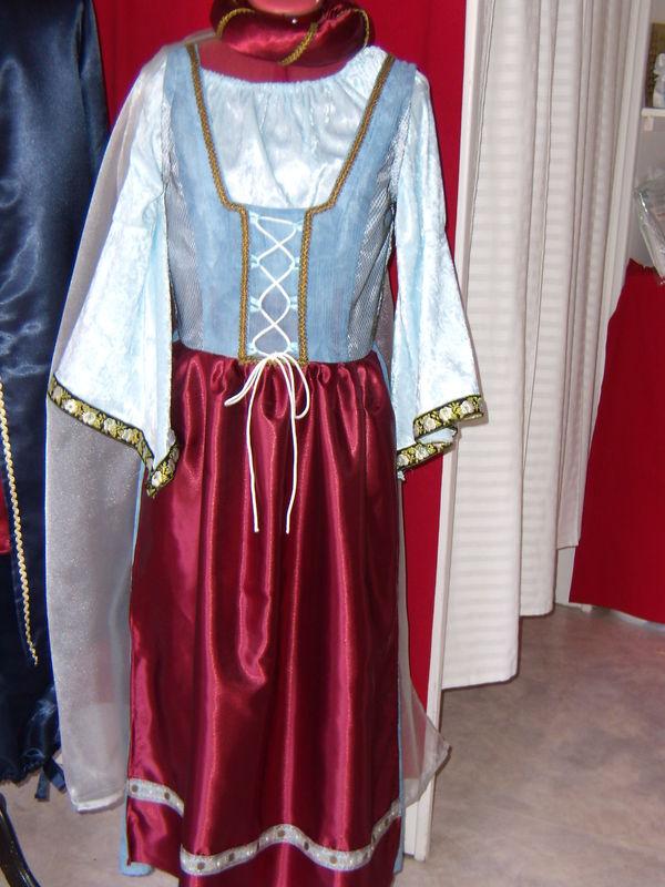 Robe Du Moyen Age ANNE COUTURE CREATIONS Robes De