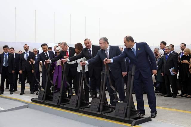 亞美尼亞慘敗的啟示:左右搖擺,朝三暮四,終究沒有好下場
