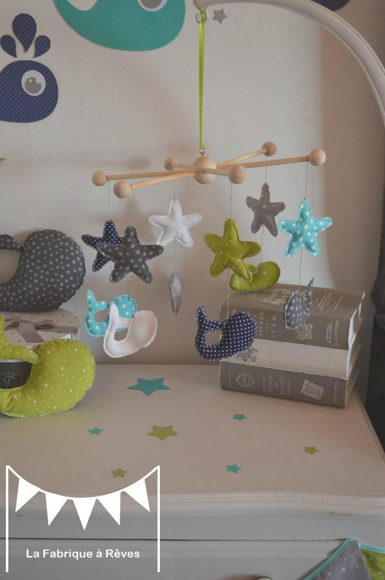 mobile bb toiles baleine bleu turquoise vert deau anis gris  dcoration chambre enfant bb