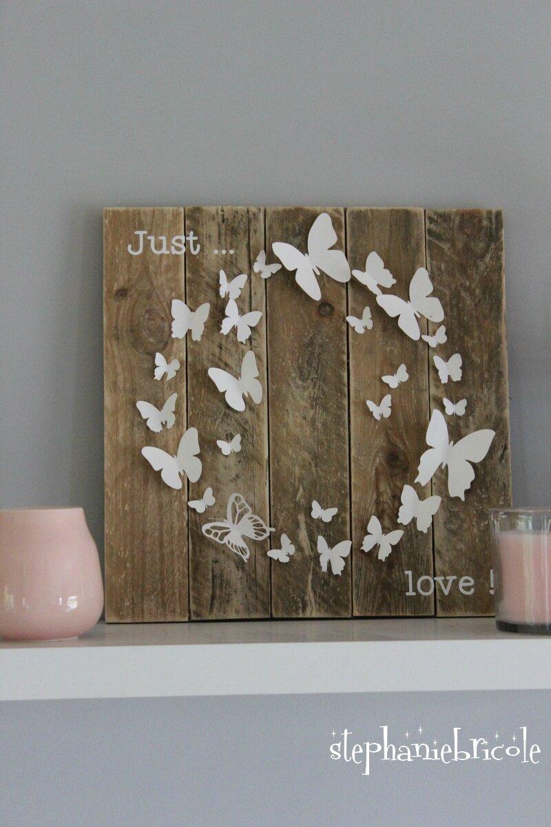 Un Cadre Papillon En Palette Papier Et Vinyle 100